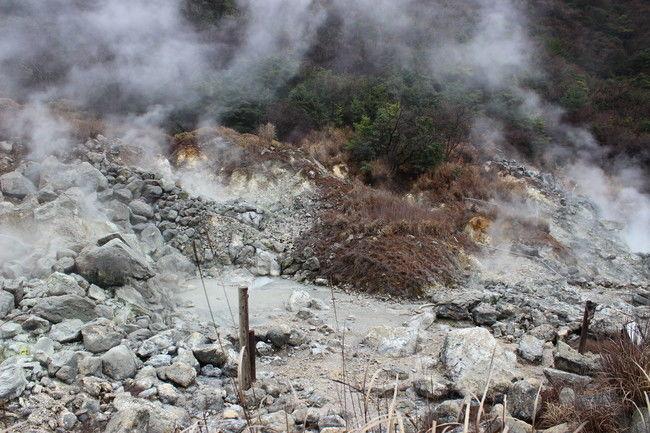 迫力のある北海道遺産地獄谷